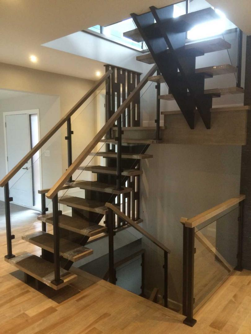Manufacture and installation (Commercial) Cowansville Sherbrooke